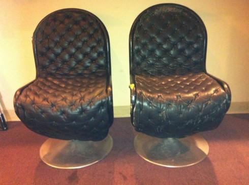 pantonchairs2